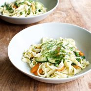 Pasta Primavera med sommergrønt