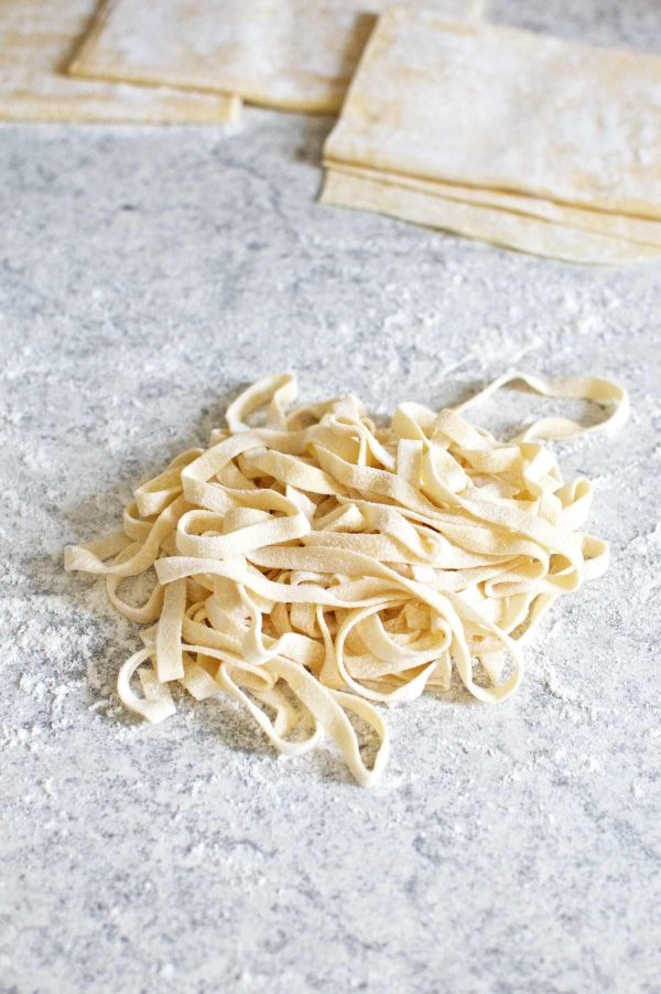Pasta Primavera, hjemmelavet fettuccine