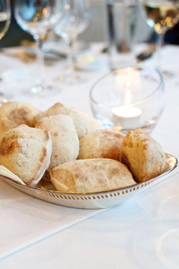 Hotel Hesselet, Restaurant Tranquebar, Friskbagt brød
