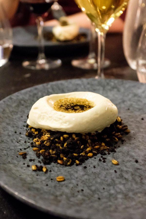 Dessert på Nyborg Destilleri, Vaniljeis, kaffesirup med whisky, byg, malt og chokolademousse