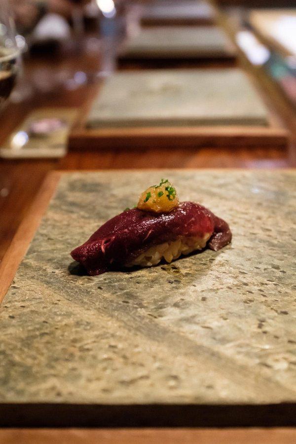 Sabi Omakase i Stavanger, sushi med hval