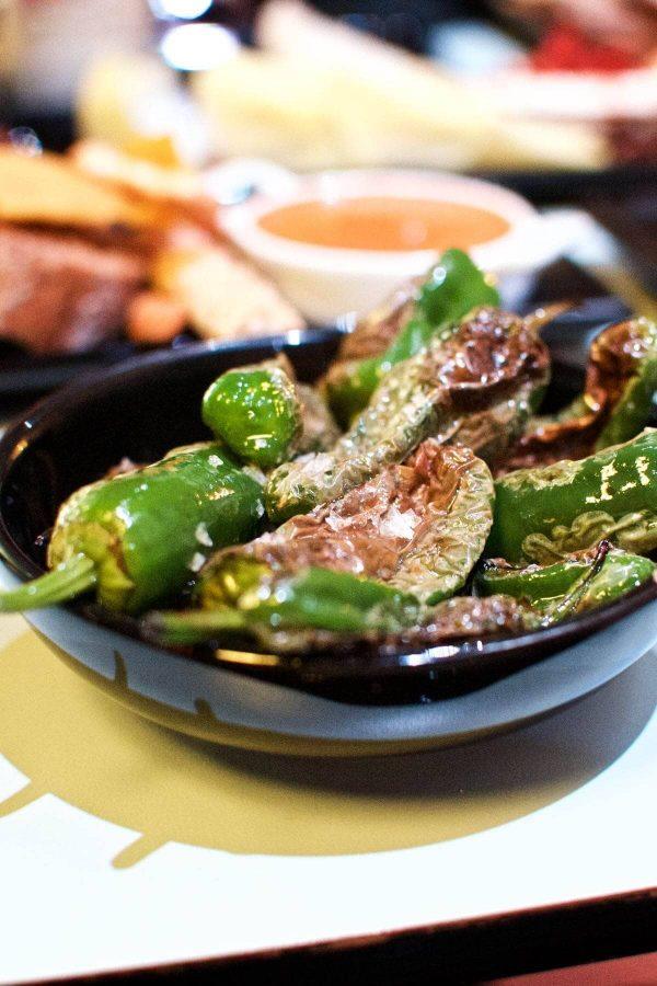 Tapas på Bar Snik Snak - grillede padron peber
