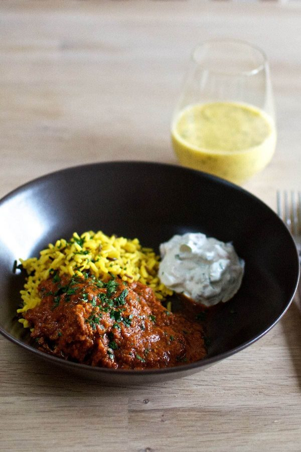 Butter chicken med raita - lækker og autentisk opskrift