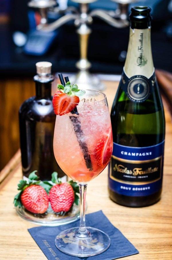 Nytårscocktails - Champagne Cobbler