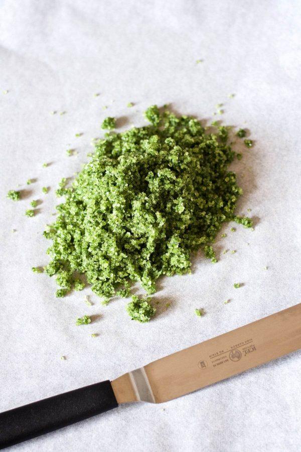Ramsløgssalt - lav dit eget kryddersalt | Rigeligtsmør.dk